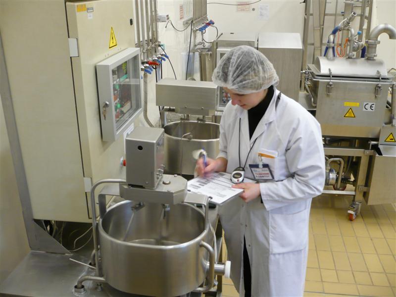 technicienne de laboratoire agroalimentaire