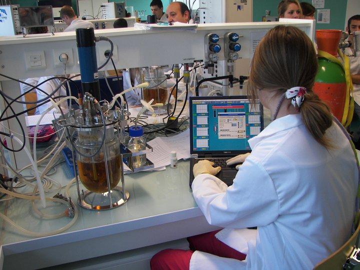 comment devenir responsable de laboratoire de controle en